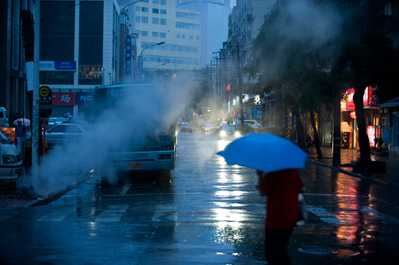 kirk pedersen urban asia photographs    Night Rain, Dalian, China   2008